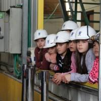 מסיירים במפעל